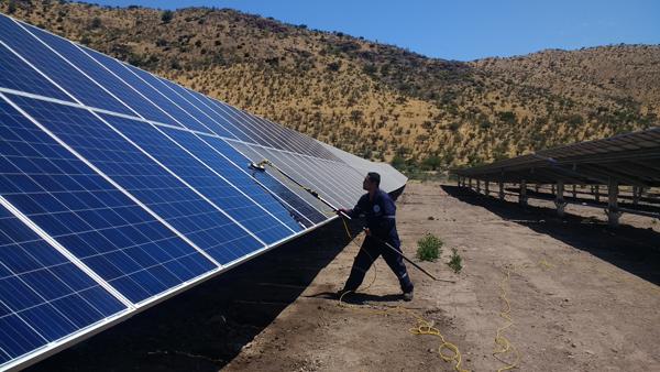 Limpieza Planta solar Newen Solar